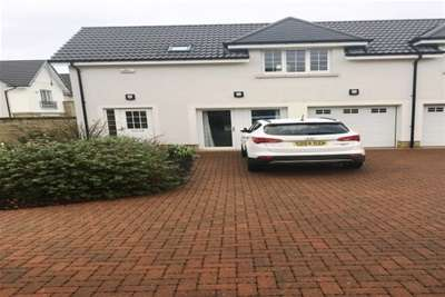 1 Bedroom Property for rent in Baroness Drive, Thorntonhall