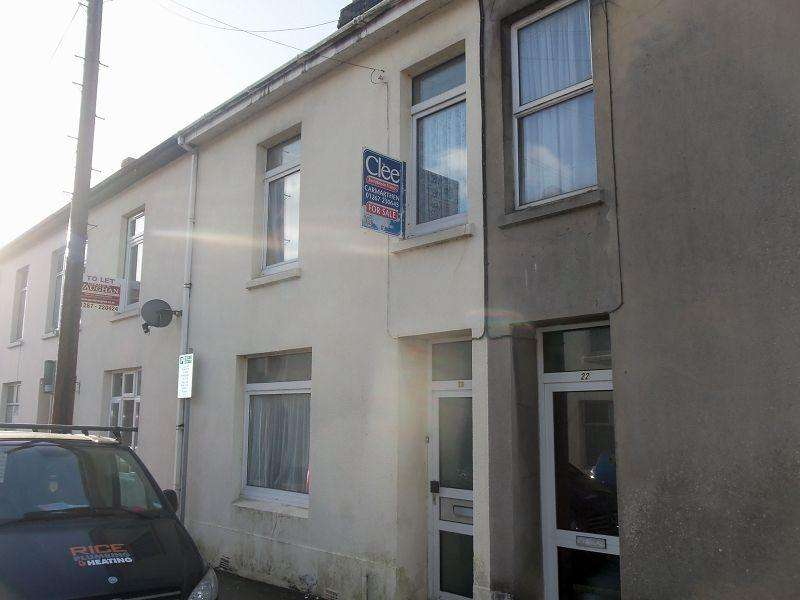 4 Bedrooms Terraced House for sale in Parcmaen Street, Carmarthen, Carmarthenshire.
