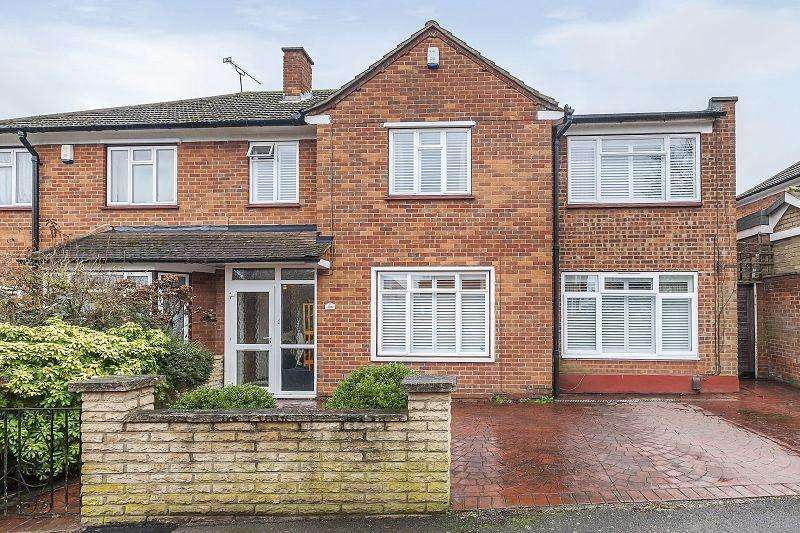 4 Bedrooms Detached House for sale in The Bramblings , London, Greater London. E4 6LU