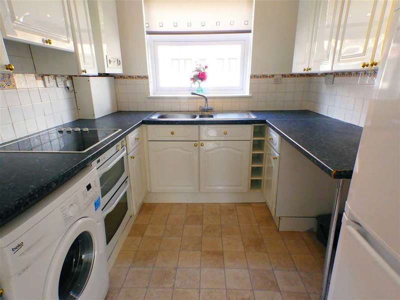 2 Bedrooms Apartment Flat for sale in Robson Grove, GLASGOW