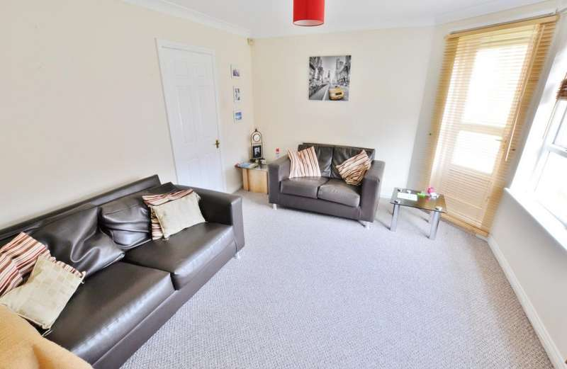 2 Bedrooms Flat for sale in Orchard Place, Newcastle Upon Tyne