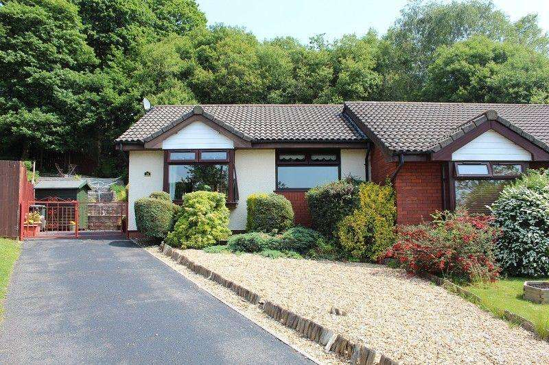 2 Bedrooms Bungalow for sale in Edison Crescent, Clydach, Swansea.