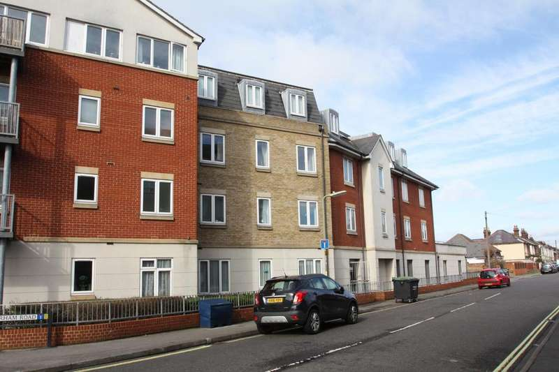 2 Bedrooms Apartment Flat for sale in Forton Lodge, Forton Road, Gosport PO12