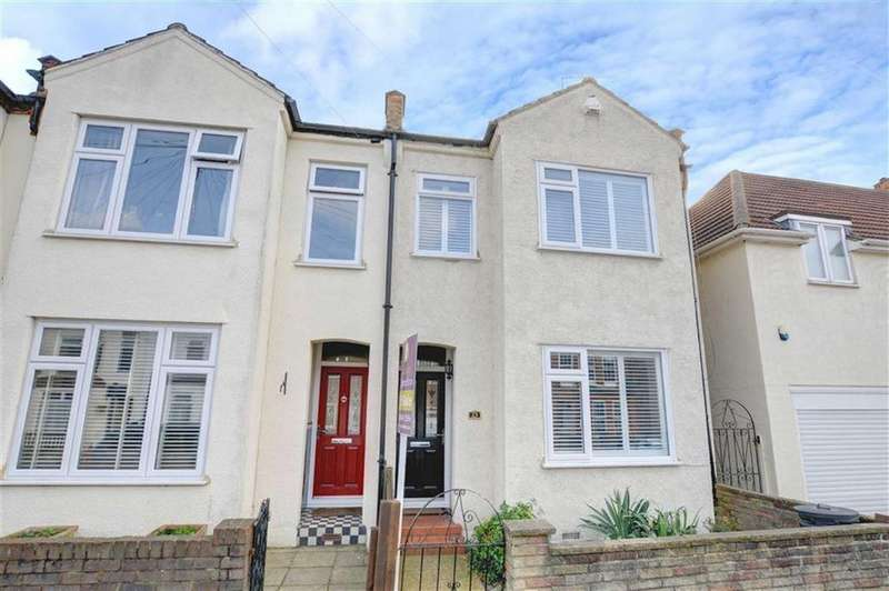 3 Bedrooms End Of Terrace House for sale in Godwin Road, Bromley, Kent