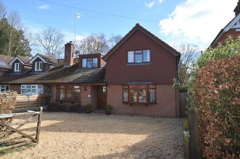 4 Bedrooms Semi Detached House for sale in St Marys Road, Liss, GU33