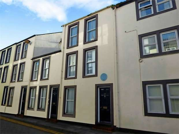 3 Bedrooms Terraced House for sale in Queen Street, Whitehaven, Cumbria