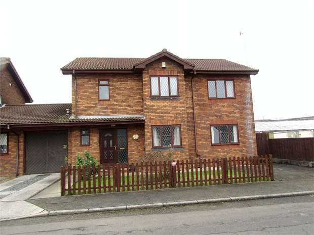 5 Bedrooms Detached House for sale in Lon Yr Ysgol, Llangennech, Llanelli, Carmarthenshire