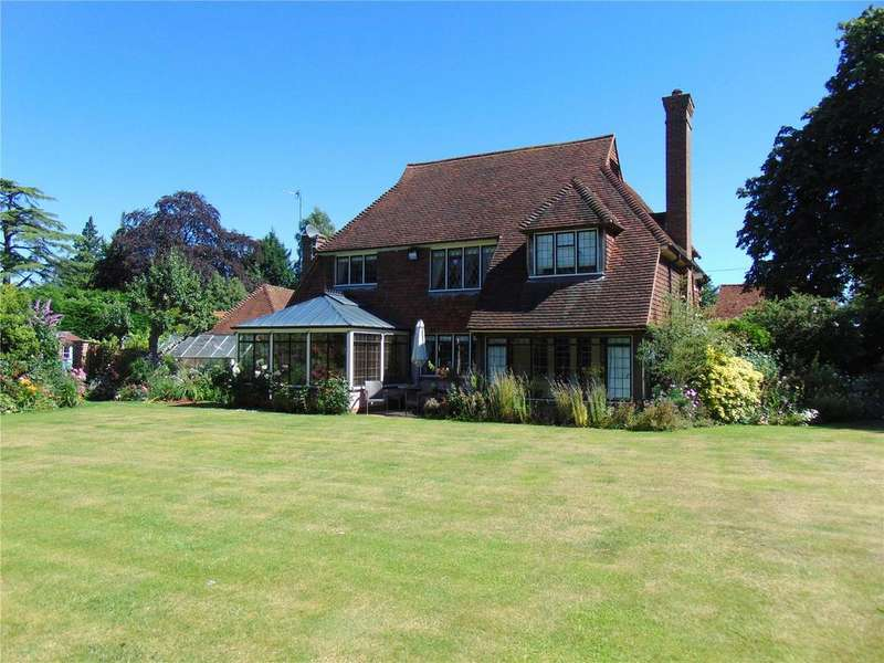 4 Bedrooms Detached House for sale in Back Lane, Fryerning, Ingatestone, Essex, CM4