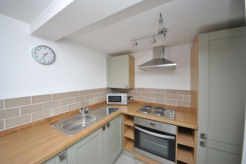 1 Bedroom Ground Flat for sale in Marlborough Road, Southport. PR9 0RA