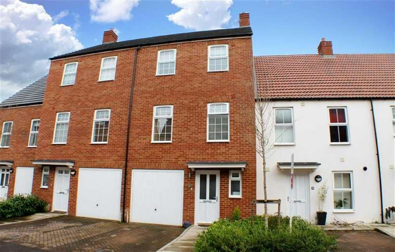 4 Bedrooms Town House for sale in Ver Brook Avenue, Markyate, Hertfordshire, AL3