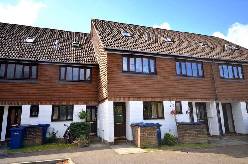 1 Bedroom Maisonette Flat for sale in Cranleigh