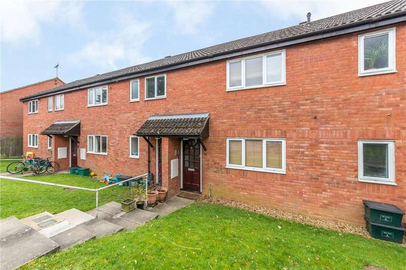 2 Bedrooms Flat for sale in Copper Beeches, Harpenden, Hertfordshire