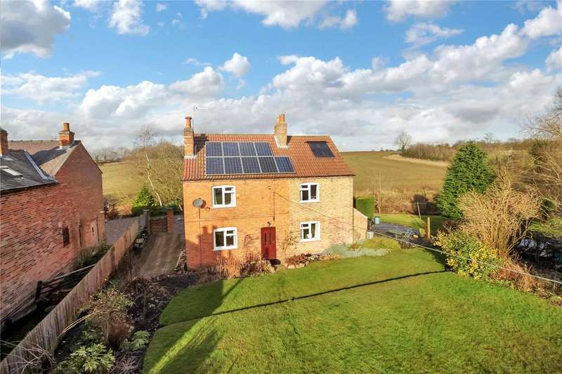 4 Bedrooms Detached House for sale in Rempstone Road, Hoton, Loughborough