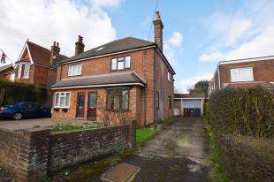 3 Bedrooms Semi Detached House for sale in Oxford Cottage, Broad Oak, Heathfield, East Sussex