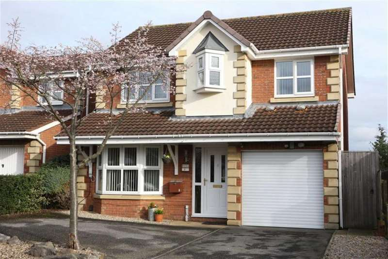 4 Bedrooms Detached House for sale in Muirkirk Grove, Darlington