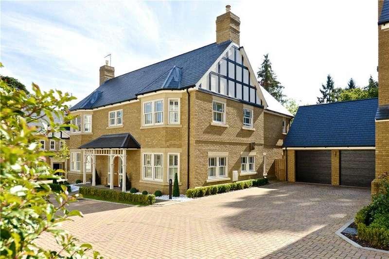 6 Bedrooms Detached House for sale in Sandy Court, Woburn Sands, Milton Keynes, Buckinghamshire