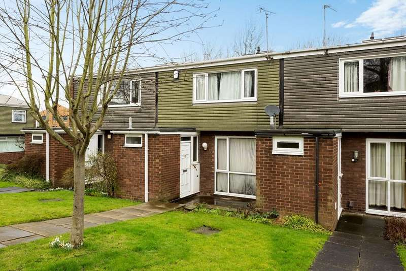 4 Bedrooms Terraced House for sale in Blakeney Place, York, YO10
