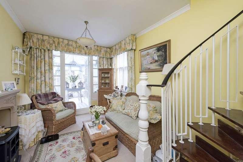 1 Bedroom Flat for sale in Ramsden Road, SW12