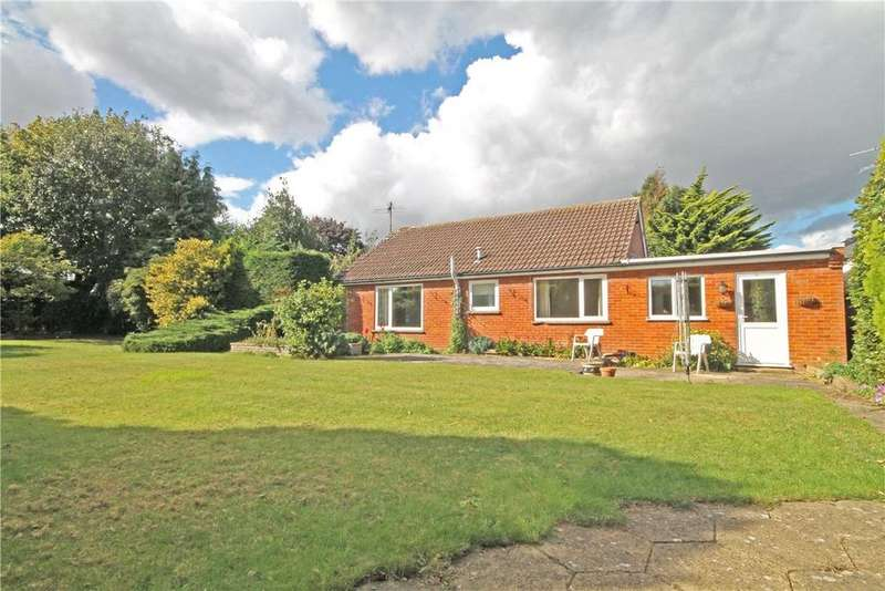 2 Bedrooms Detached Bungalow for sale in Beech Close, Little Shelford, Cambridge, CB22