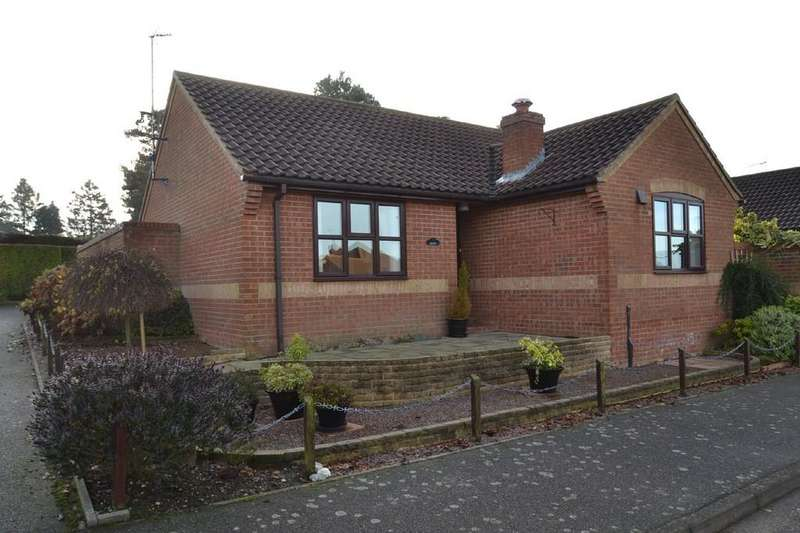 2 Bedrooms Detached Bungalow for sale in Holt, Norfolk