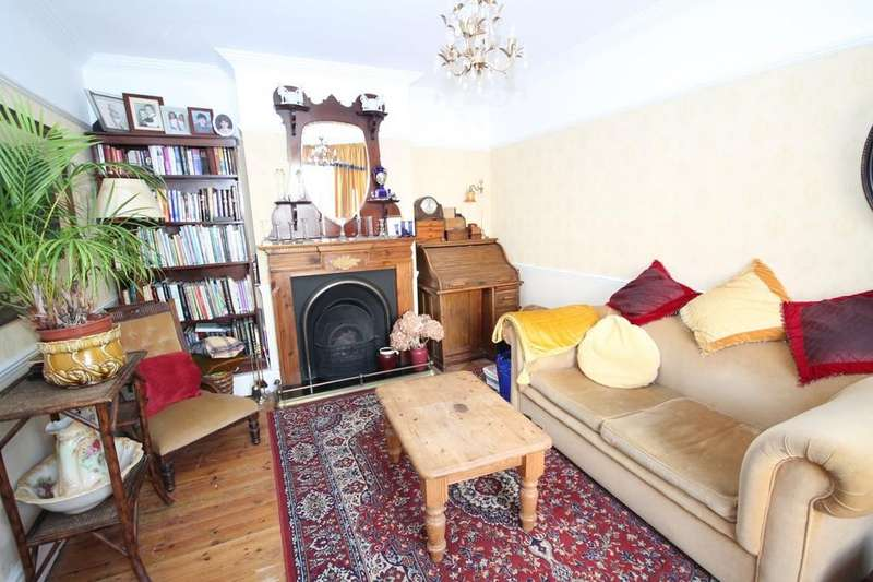 4 Bedrooms Terraced House for sale in Cecil Road, Lancing BN15 8HN