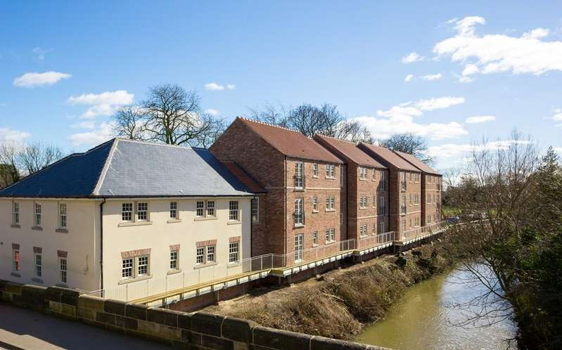 3 Bedrooms Apartment Flat for sale in Finkle Street, Thirsk, YO7