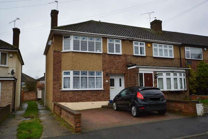 3 Bedrooms End Of Terrace House for sale in Glenton Close, Rise Park, Romford, Essex, RM1