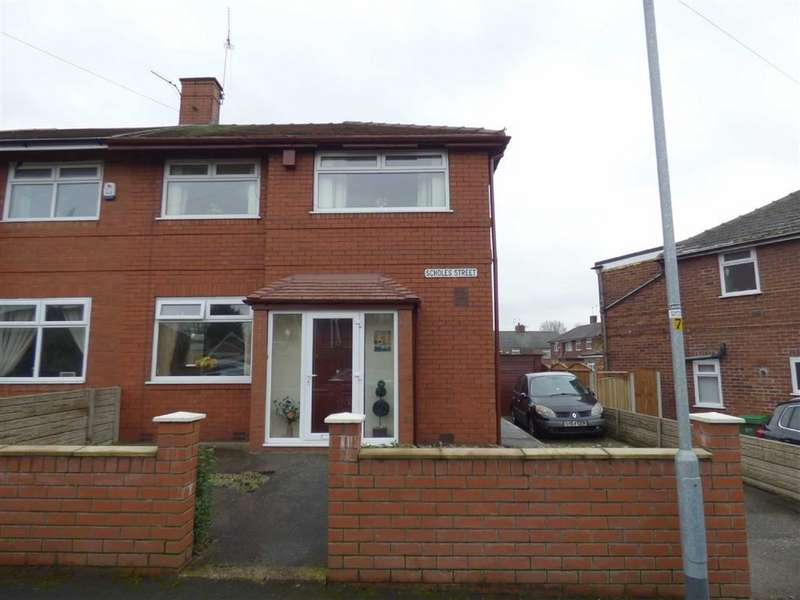 3 Bedrooms Property for sale in Scholes Street, Chadderton, Oldham, OL9
