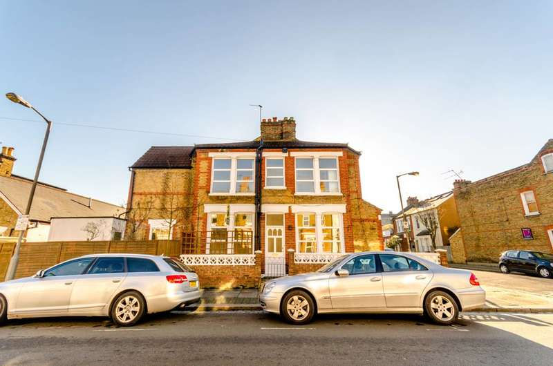 3 Bedrooms End Of Terrace House for sale in Balvernie Grove, Southfields, SW18