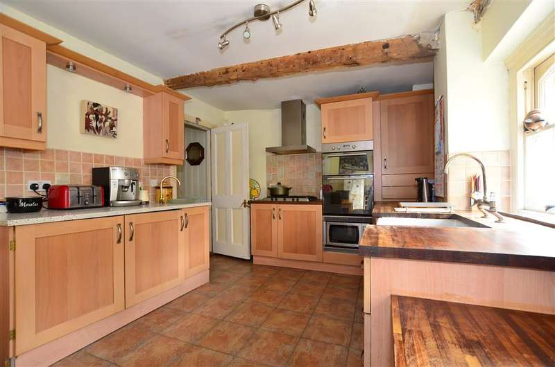 4 Bedrooms End Of Terrace House for sale in High Street, Rochester, Kent