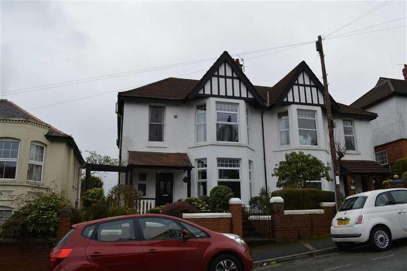 4 Bedrooms Semi Detached House for sale in Queens Road, Swansea, SA2