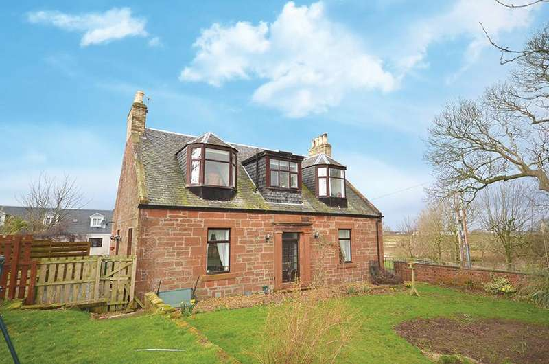 5 Bedrooms Farm House Character Property for sale in Clune Farmhouse A77, Prestwick, KA9 2ST
