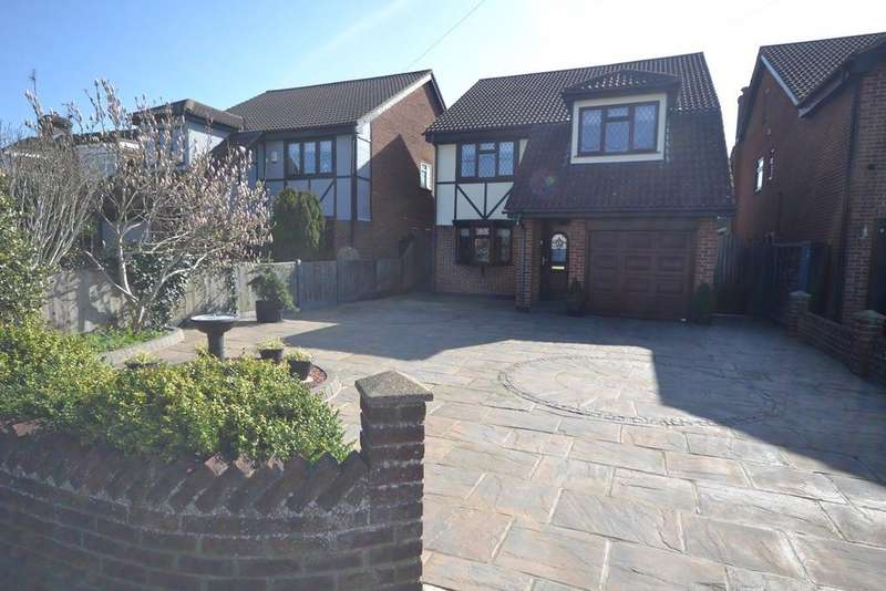 4 Bedrooms Detached House for sale in Branksome Avenue, STANFORD-LE-HOPE, SS17