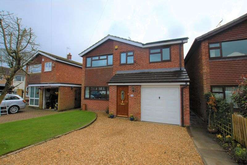 4 Bedrooms Detached House for sale in Oak Drive, Doveridge