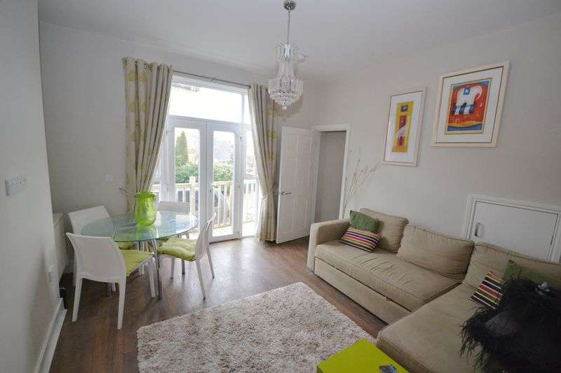 2 Bedrooms Flat for sale in Norwich Road, Bournemouth
