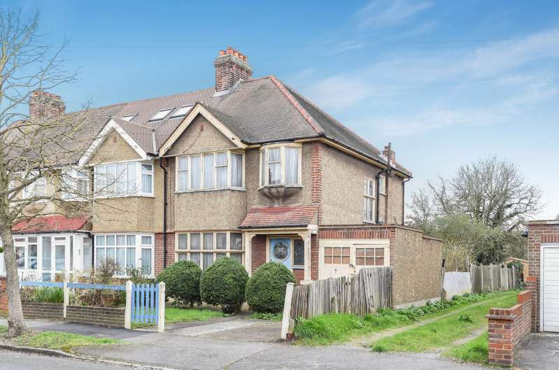 3 Bedrooms House for sale in Westcroft Gardens, Morden, SM4