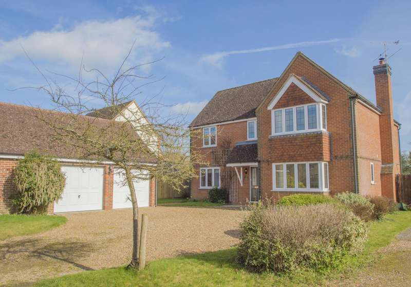4 Bedrooms Detached House for sale in Lucerne Drive, Stadhampton, Oxford, OX44