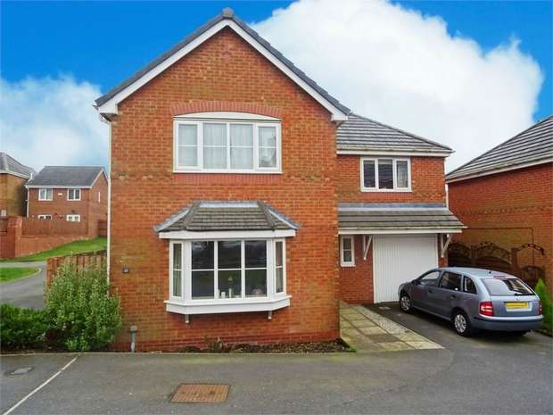 4 Bedrooms Detached House for sale in Sandby Close, Bacup, Lancashire