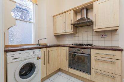 1 Bedroom Flat for sale in 6-8 Shrubbery Avenue, Weston-Super-Mare, Somerset