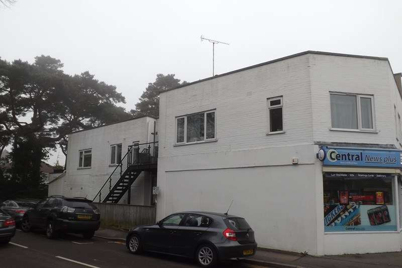 2 Bedrooms Flat for sale in Haven Road, Poole