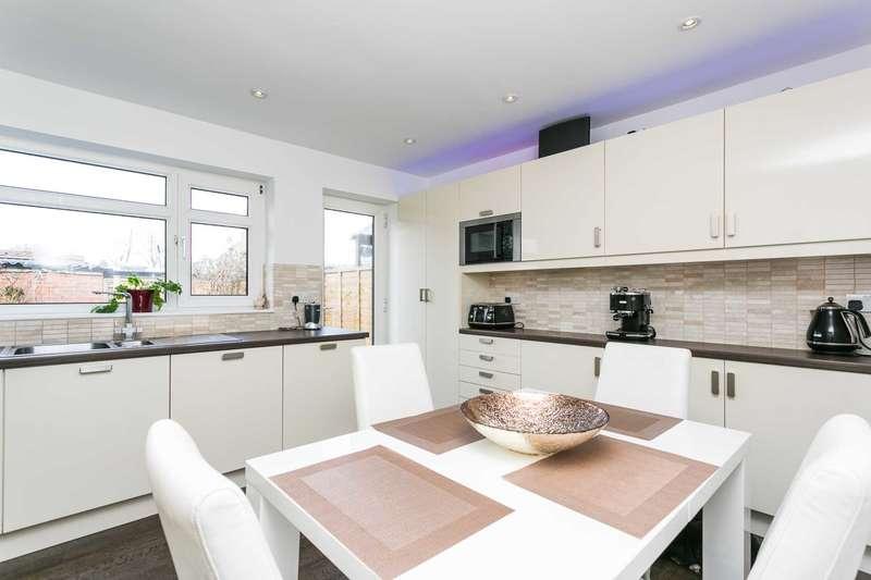 2 Bedrooms End Of Terrace House for sale in Blackbridge Lane, Horsham