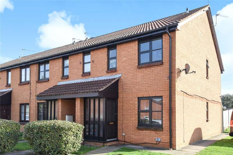 1 Bedroom Apartment Flat for sale in Clarkes Drive, Uxbridge, Middlesex, UB8