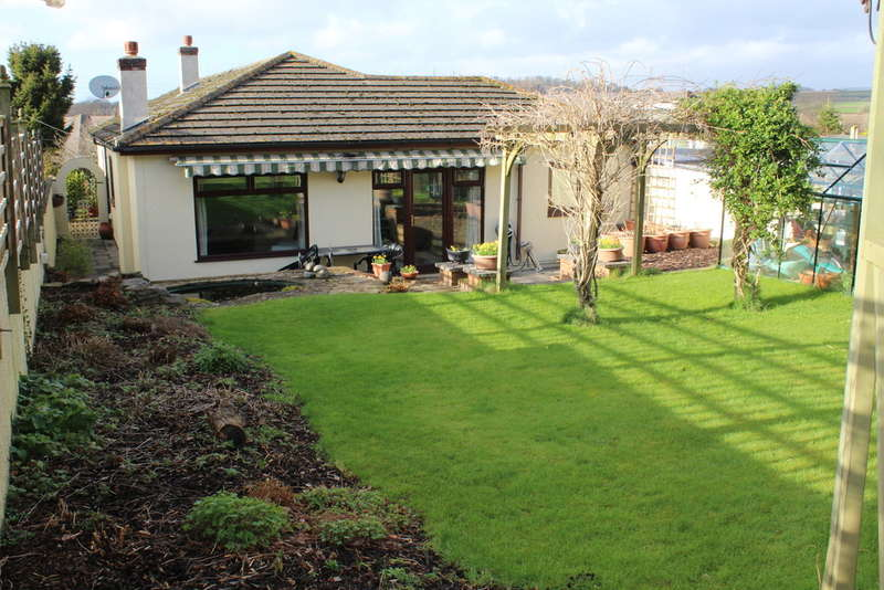 4 Bedrooms Detached Bungalow for sale in Vinery Lane, Elburton, Plymstock, Plymouth, Devon