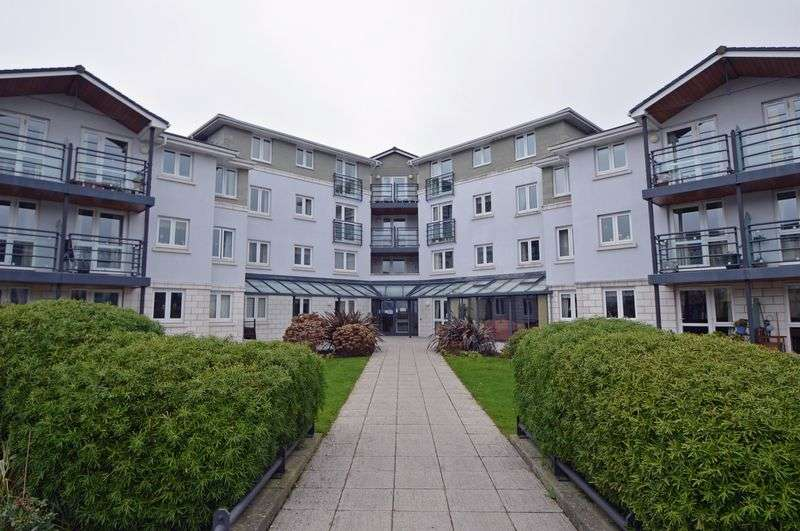 1 Bedroom Flat for sale in Retirement apartment near Portishead Marina