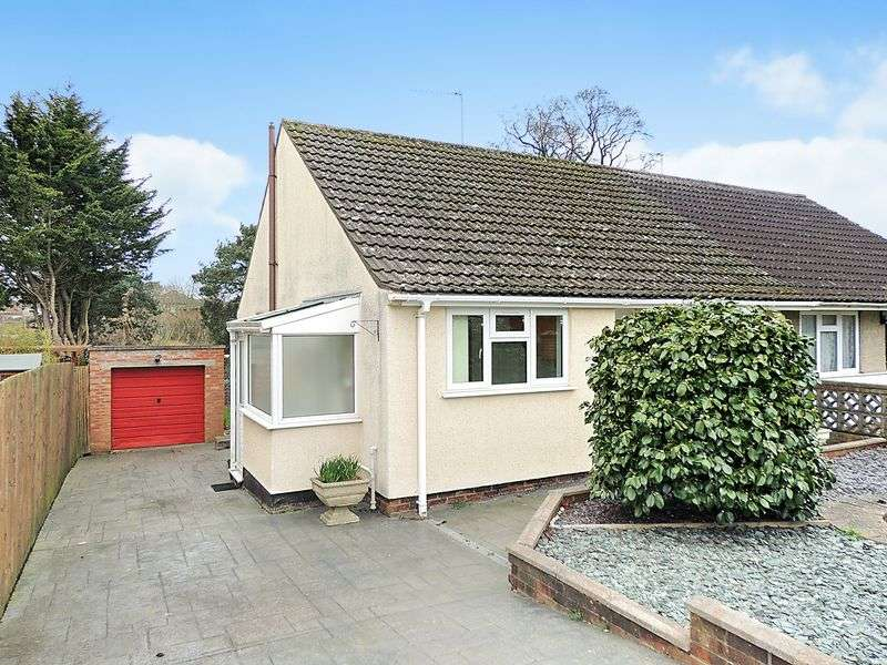 2 Bedrooms Semi Detached Bungalow for sale in Glenwood Drive, Oldland Common, Bristol