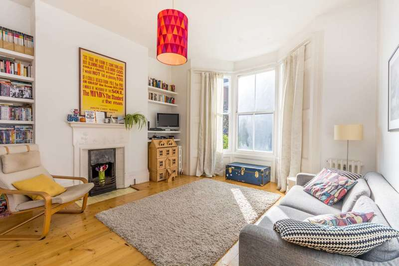 3 Bedrooms Maisonette Flat for sale in Foulden Road, Stoke Newington, N16