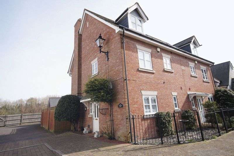 3 Bedrooms Terraced House for sale in Barbican Mews, Castle Street, Portchester PO16 9FB