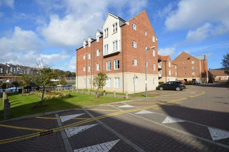 1 Bedroom Flat for sale in Hunton Court, Whitehall Landing, Whitby