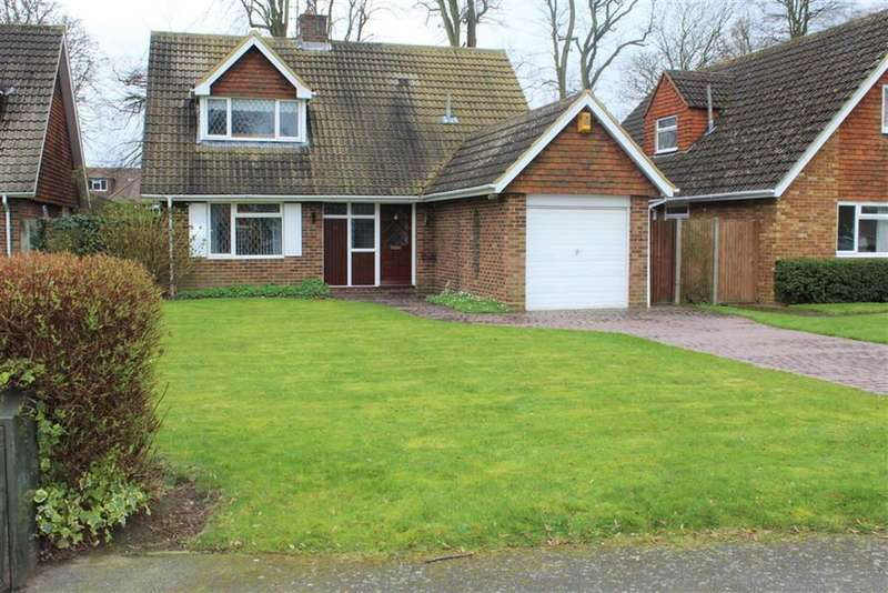 3 Bedrooms Detached House for sale in Halkingcroft, Langley, Berkshire