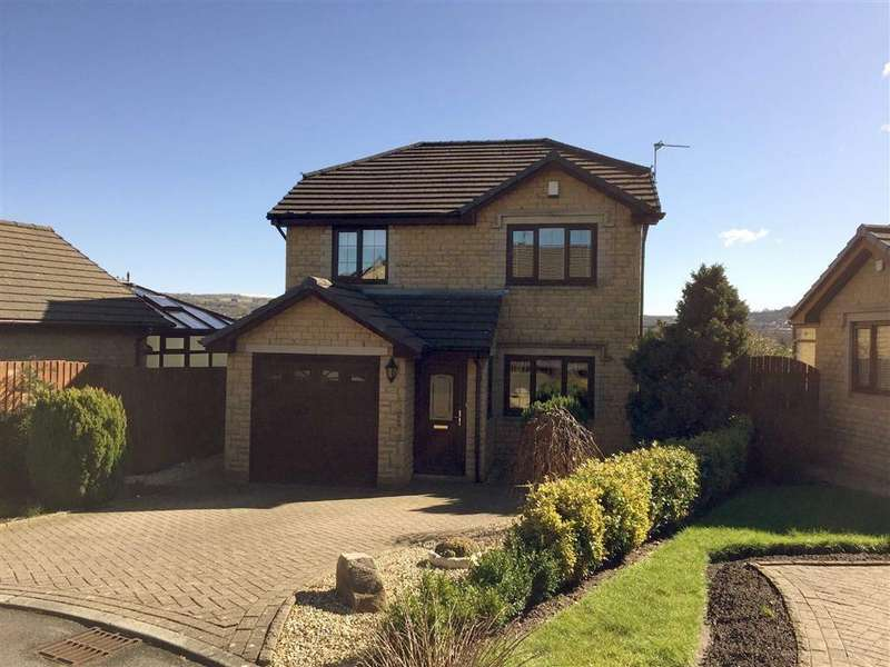3 Bedrooms Detached House for sale in Ridgeway, Barrowford, Lancashire